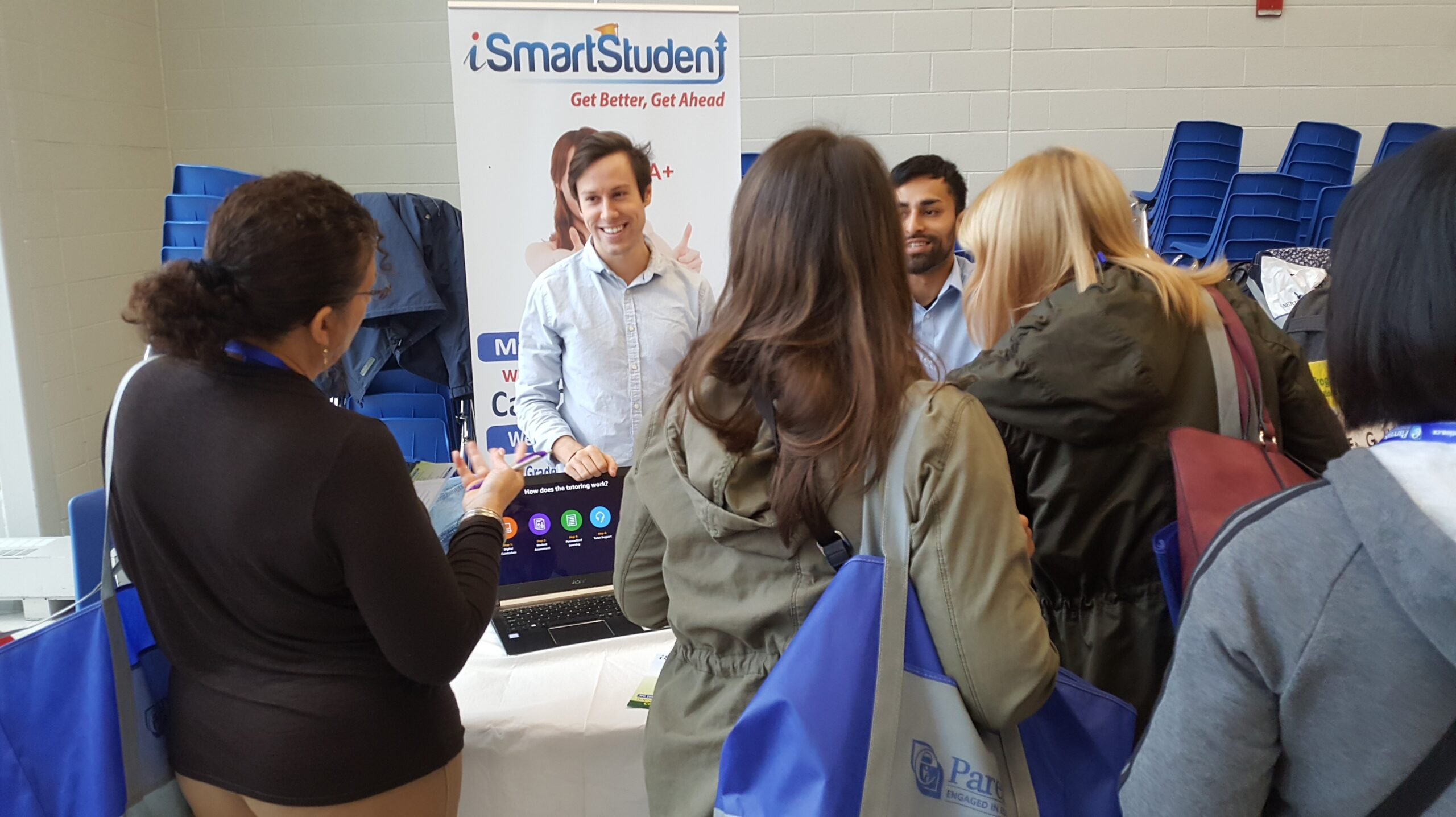Toronto, October 28, 2017 <br/> iSmartStudent meets committed parents at the Dream Big Educational Conference