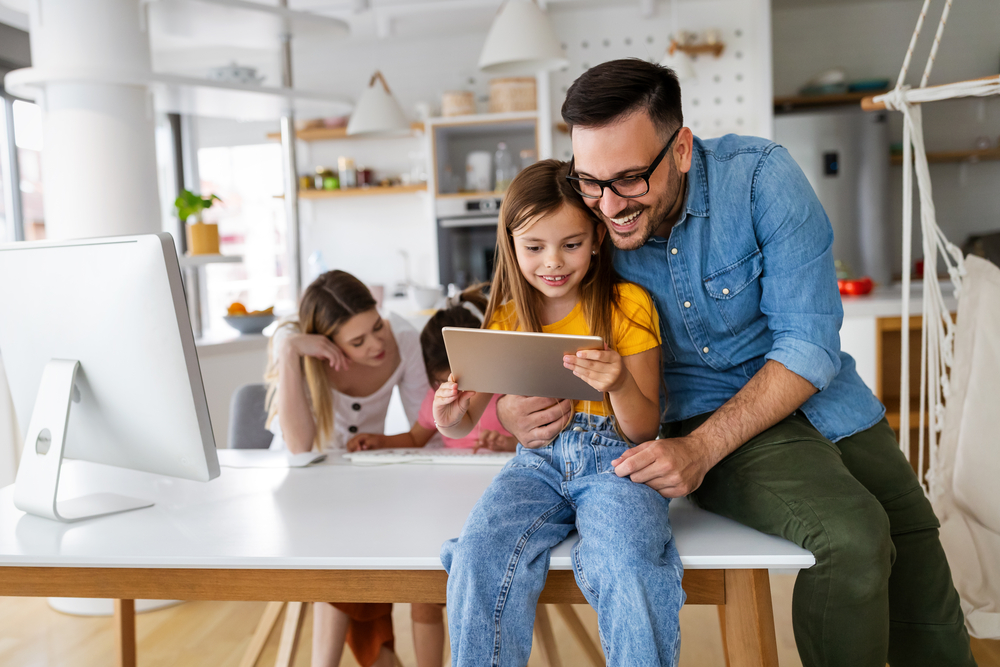 10 Tips for Parents of Online Learners